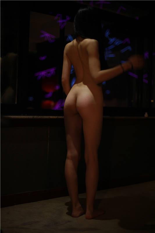 最新极限汤上莱卡摄影师『破神』众筹视图版 比感官更强的是观念篇 高清私拍172P 高清1080P版[172P/1V/209MB]