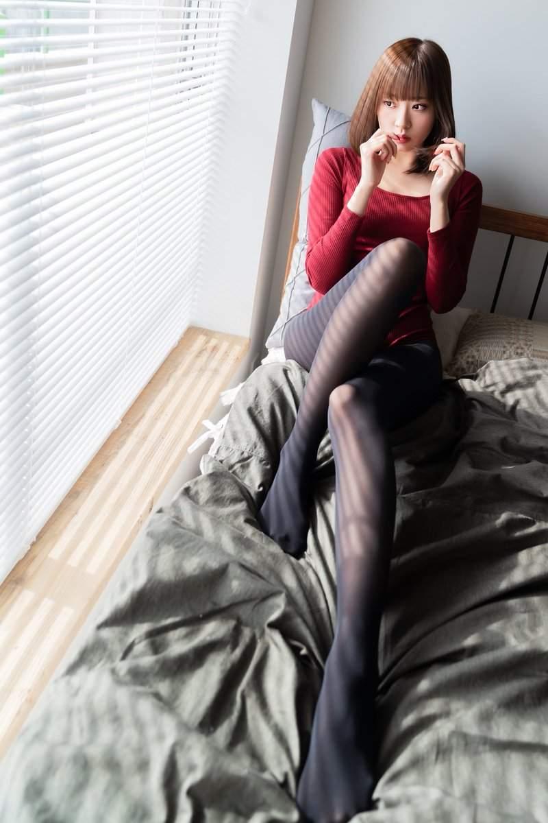 """日本""""针织衫之日"""",妹子们通通穿起毛衣凹凸有致诱惑十足"""