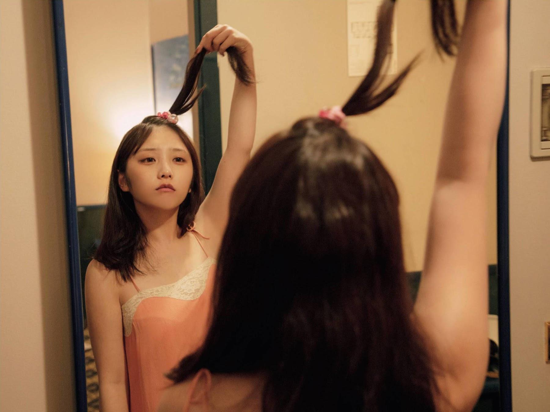 FLASH 2020.03.17 与田祐希 19岁、一个人的旅行